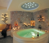 honeymoon_suite_private_couples_jacuzzi_seavolcanocaldera_views__astarte_suites_hotel__santorini_island
